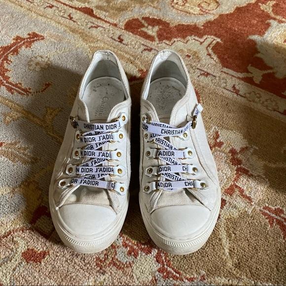 WALK'N'DIOR LOW-TOP SNEAKER IN WHITE CANVAS 37